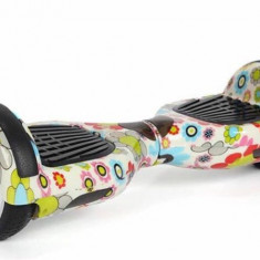 Hoverboard 6.5 inch cu bluetooth, leduri pe roti si telecomanda