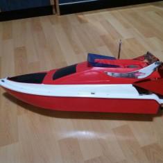 Barca plantat - Navomodel Pescuit