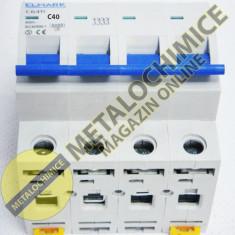 Siguranta tetrapolara Elmark, 40A - 4 posturi - Tablou electric si siguranta