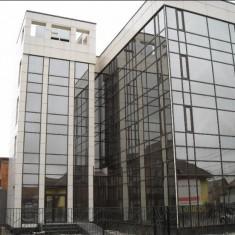 Clădire birouri - Spatiu comercial de inchiriat
