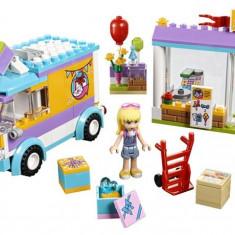 Lego® Friends Distribuirea Cadourilor In Heartlake - L41310