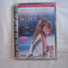 Vand dvd The Mirror has Two Faces, tradus in engleza, deosebit, original ! - Film romantice