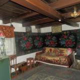 Casa bătrânească Muzeu veche peste 200 ani - Casa de vanzare, 60 mp, Numar camere: 2, Suprafata teren: 160