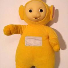 Jucarie plus Personaj Teletubbies, Laa Laa (galben), 50cm cu antenuta cu tot - Jucarii plus