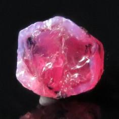 Rubin NATURAL mic rosu-extras din mina cristal BRUT 2, 395 ct. - netratat
