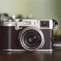 Fuji X100 - Aparat Foto Mirrorless Fujifilm