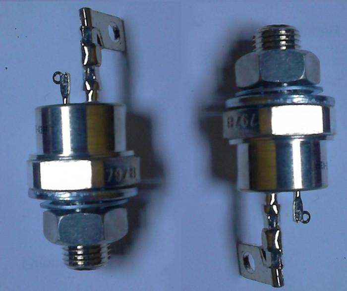 un lot de 2 Tiristor tiristori de putere  foarte mare 1100 V / 110 A sunt noi