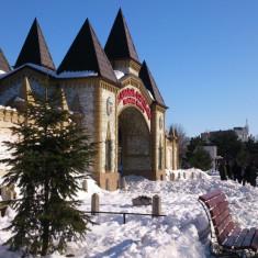 Brancoveanu metrou/ parc Orasel, 164mp utilitati +casa 3cam paianta, pret redus - Casa de vanzare, 56 mp, Numar camere: 2