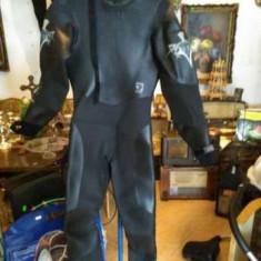 Costume scafandru - Costum Inot