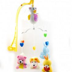 Carusel muzical pe baterii Baby Paradise cu figurine si zorzoane - Jucarie pentru patut