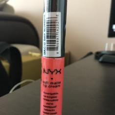 Ruj Nyx Cosmetics LICHID MAT NYX SOFT MATTE LIPCREAM REZISTENT NUANTA PIERSICA SMLC-12