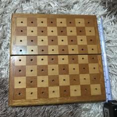 Tabla(cutie) pentru șah-transport gratuit prin posta - Table sah