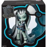 Papusa Mattel Monster High Vinyl Figure Frankie Stein