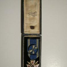 Ordinul Coroana Romaniei cu spade, model 1 in grad de ofiter+cutie. Model Francez - Decoratie