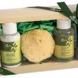 Set lotiune corp cu ulei masline 60 ml, gel de dus 60 ml, burete baie sponge Rizes