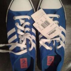Tenesi Adidas - Adidasi barbati, Marime: 41, Culoare: Albastru