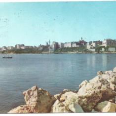 @carte postala(ilustrata)-CONSTANTA- Pe malul marii - Carte Postala Dobrogea dupa 1918, Circulata, Printata
