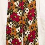Pantaloni cu imprimeu floral, model 2 - Pantaloni dama, Marime: L/XL, Culoare: Din imagine