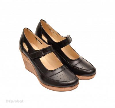 Pantofi dama piele naturala negri cu platforma cod P74 - Made in Romania foto