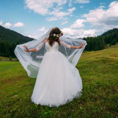 Vand superba rochie de mireasa printesa