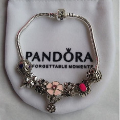 Bratara PANDORA 7 charm-uri placata argint 925 model FLORI ROZ SPRING FLOWERS - Bratara argint pandora, Femei