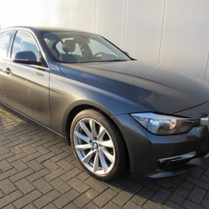 BMW Seria 3 BMW Seria 320D F30 EfficientDynamics Diesel 163 CP Luxury, An Fabricatie: 2012, Motorina/Diesel, 136500 km, 1995 cmc