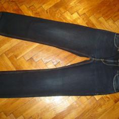 Blugi LEVIS 511-Marimea W34xL32 (talie-88cm, lungime-107cm) - Blugi barbati Levi's, Culoare: Din imagine, Prespalat, Slim Fit, Normal