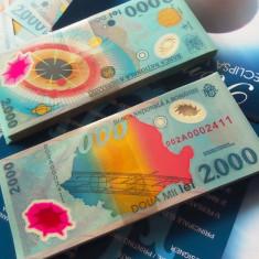 Lot/Set 2 BANCNOTE SERII CONSECUTIVE, 2000 Lei 1999 ECLIPSA - NOI din FISIC! - Bancnota romaneasca