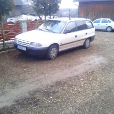 Opel Astra, An Fabricatie: 1994, Benzina, 240000 km, 1600 cmc