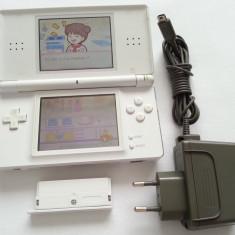 Consola joc Nintendo DS Lite + incarcator original + discheta + capac alb GBA - Consola Nintendo