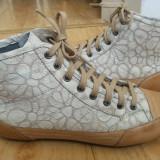 Pantofi din piele firma HEAD marimea 38, sunt noi!
