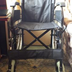Carucior handicap pliabil - Scaun cu rotile