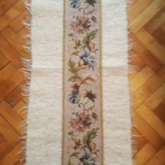 Decor Goblen Cu Clopot - Carpeta