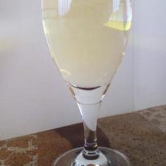 Vand palinca de prune