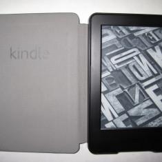EBook Reader Kindle Glare Free, 4GB, Wi-Fi, Negru + Husa + peste 10.000 de carti
