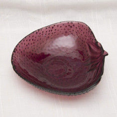 Fructiera/bol sticla in forma de capsuna - Fructiera sticla