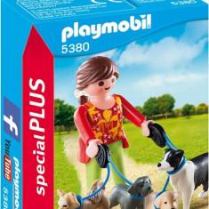 Femeia Cu Catelusi La Plimbare Playmobil