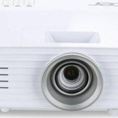 Videoproiector Acer H6518BD