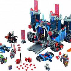 LEGO® Nexo Knights The Fortrex 70317 - LEGO Castle