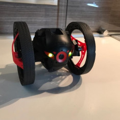 Parrot Jumping Sumo - Drona