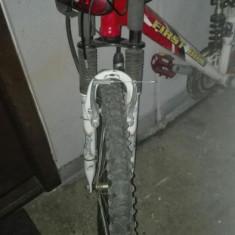 Bicicleta Mountain-bike cu ciclocomputer - Mountain Bike First Bike, 27.5 inch, 26 inch, Numar viteze: 27
