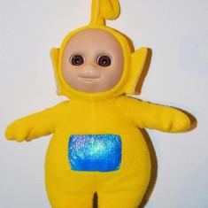 Jucarie plus Personaj Teletubbies, Laa Laa (galben), 34cm cu antenuta cu tot - Jucarii plus