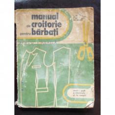 MANUAL DE CROITORIE PENTRU BARBATI - Carte paranormal
