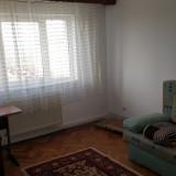 Inchiriez ap. 3 camere zona Piata V. Aron - Apartament de inchiriat, 67 mp, Numar camere: 3, An constructie: 1990, Etajul 10