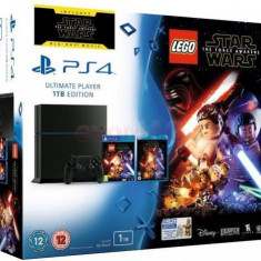 Consola PlayStation 4 Sony, 1 TB + joc Lego Star Wars Force Awakens + film Star Wars Force Awakens BluRay