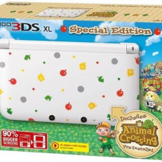 Consola Nintendo 3DS XL Limited Edition + joc Animal Crossing