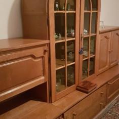 Mobila living/sufragerie deosebita (pentru iubitor de mobila clasica) - Set mobila living