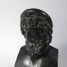 G Bust vechi de personaj grec, antimoniu patinat, statueta veche - Sculptura