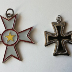 Medalion pandantiv breloc reprezentand Crucea de Malta ( de Fier )