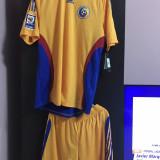 Vând tricou și sort echipa naționala a României original - Set echipament fotbal Adidas, Marime: XL